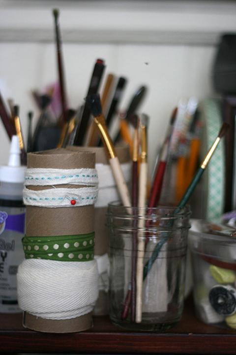 Jen Hewett Studio: Life in a Small Studio