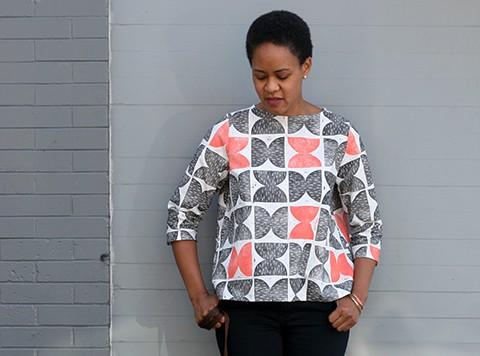 Print, Pattern, Sew: August 2015 by Jen Hewett. Two-color block print on Robert Kaufman's Essex linen-cotton blend. Sewing pattern is Dress #2 by Sonya Philip.