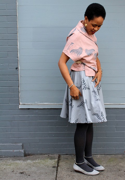 Print, Pattern, Sew: December 2015 by Jen Hewett. One-color block print on Robert Kaufman's Essex linen-cotton blend. Sewing pattern is Christine Haynes' Anya Skirt.